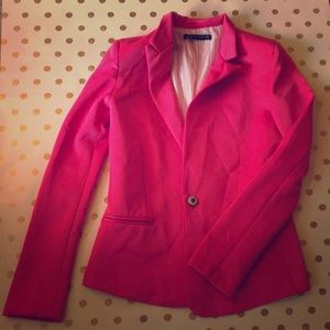 Zara Woman got pink blazer size Small